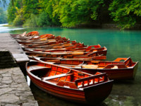 Клуб путешествий Павла Аксенова. Хорватия. Boats in the national park Plitvice, Croatia. Фото WDGPhoto - Depositphotos