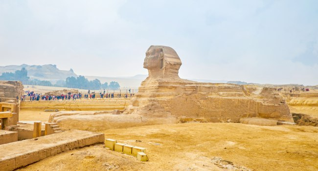 Египет. Гиза. Большой сфинкс. The famous Sphinx in Giza, Egypt. Фото efesenko-Depositphotos
