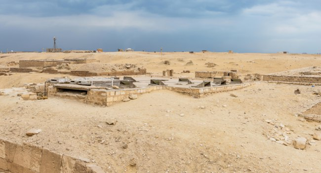 Египет. Археологические раскопки в Саккаре. Ruins of the Saqqara necropolis, Egypt. UNESCO World Heritage. Фото Siempreverde-Depositphotos