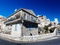 Клуб Павла Аксенова. Франция. Лазурный берег. Антиб. Typical Mediterranean House in Antibes, France. Фото Andrey Omelyanchuk - Depositphotos