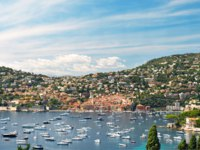 Лазурный берег Франции. Вильфранш. View of luxury resort and bay of Cote d'Azur. Villefranche by Nice, french riviera, Mediterranean Sea. Фото LiliGraphie-Deposit