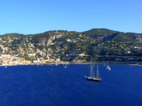 Лазурный берег Франции. Вильфранш. The bay of Villefranche. View from a cruise ship. France. Фото Bracknell - Depositphotos