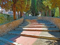 Лазурный Берег Франции. Ницца. Old stone staircase in the garden. Nice, France. Фото luziana - Depositphotos