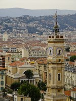 Лазурный Берег Франции. Ницца. Turret clock, Nice, French Riviera. Фото Michael Sterzenbach - Depositphotos