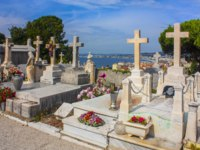 Франция. Кладбище Ниццы. Old Chateau Cemetery (Castle cemetery) in Nice. It's located on the Castle Hill, that overlooks the old town. Фото Lindasky76-Dep