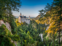 Германия. Бавария. Замок Нойшванштайн. Neuschwanstein Castle in the Bavarian Alps of Germany. Фото pandionhiatus3-Depositphotos