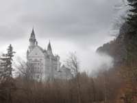 Германия. Бавария. Замок Нойшванштайн. Neuschwanstein Castle in winter landscape. Germany. Фото Michele Piacquadio-Depositphotos