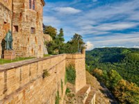 Германия. Баден-Вюртемберг. Замок Гогенцоллерн. Hohenzollern Castle in Baden-Wurttemberg, Germany. Фото haveseen - Depositphotos