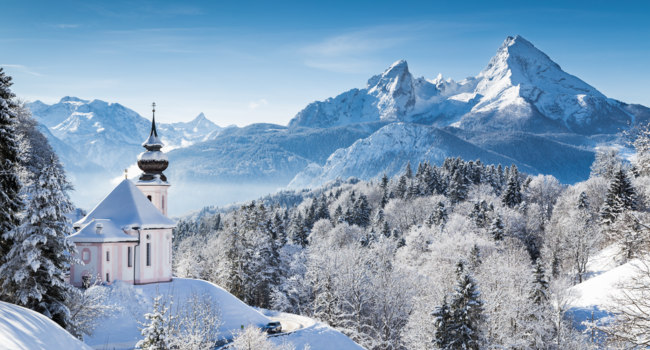 Германия. Бавария. Panoramic view of beautiful winter landscape in the Bavarian Alps with pilgrimage church of Maria Gern. Фото pandionhiatus3 - Depositphotos