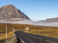 Клуб путешествий Павла Аксенова. Великобритания. Долина Глен-Мор. Glencoe road in Autumn. Фото mountaintreks - Depositphotos