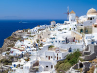 Клуб путешествий Павла Аксенова. Греция. Остров Санторини. Oia village on Santorini island. Фото Patryk Kosmider Depositphotos