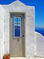 Клуб путешествий Павла Аксенова. Греция. Остров Санторини. Santorini - traditional cycladic style. Фото Maugli - Depositphotos