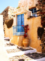 Клуб путешествий Павла Аксенова. Греция. Остров Санторини. Old house on Santorini island, Greece. Фото papadimitriou Depositphotos