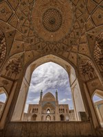 Иран. Кашан. Мечеть Ага-Бозорг. Amazing view of Agha Bozorg Mosque in Kashan, Iran. Фото mindstorm - Depositphotos