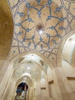 Иран. Кашан. Мечеть Ага-Бозорг. Amazing view of Agha Bozorg Mosque in Kashan, Iran. Фото mazzzur - Depositphotos