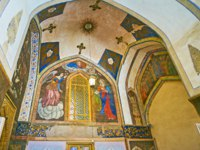 Иран. Исфахан. Ванкский собор. The murals at the entrance to Vank Cathedral, Isfahan. Фото efesenko-Depositphotos