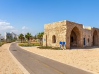 Израиль. Ашкелон. Bicycle path on promenade along Mediterranean sea coast in Ashkelon, Israel. Фото rglinsky-Depositphotos