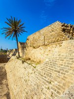 Израиль. Археологический парк Кесария. The magnificent national park-reserve of Caesarea, Israel. Caesarea Seaside. The protective walls were erected in the time of