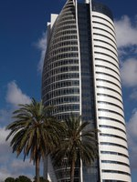 Израиль. Хайфа. Lots of business going on in this skyscraper of glass. Israel. Haifa (Kiryat HaMemshela). Фото Vitaly Karasik Depositphotos