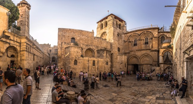 Израиль. Иерусалим. Храм Гроба Господня. Church of the Holy Sepulchre in the old City of Jerusalem, Israel. Фото RPBMedia - Depositphotos