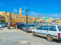 Израиль. Акко. The central promenade of Akko stratches along the port and boasts various cafes, luxury restaurants and bars. Фото efesenko - Depositphotos