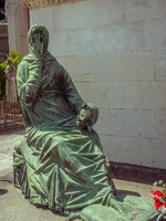 Италия. Монументальное кладбище Милана. Famous landmark-old grave at the Monumental Cemetery (Cimitero Monumentale). Фото Evgeniy_Bobkov-Depos