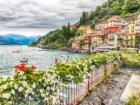 Клуб путешествий Павла Аксенова. Италия. Озеро Комо. Варенна. The picturesque village of Varenna over the Lake Como, Italy. Фото marcorubino - Depositphotos