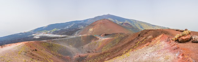 Италия. Сицилия. Катания. Crateri Silvestri situated on mount Etna in Sicily, Italy. Фото Dudlajzov - Depositphotos