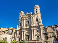 Италия. Сицилия. Катания. Saint Francis Church in Catania - Sicily, Italy. Фото Leonid_Andronov - Depositphotos