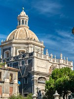 Италия. Сицилия. Катания. Church of the Badia di SantAgata in Catania - Sicily, Italy. Фото Leonid_Andronov - Depositphotos