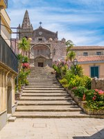 Италия. Сицилия. Форца-д'Агро. Church of the Holy Trinity, in Forza d'Agro, picturesque town in the Province of Messina, Sicily, Italy. Фото e55evu - Depositphotos
