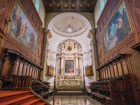 Италия. Сицилия. Сиракузы. Main altar in the Cathedral of Siracusa. Sicily, southern Italy. Фото e55evu - Depositphotos