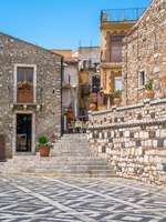Scenic sight in Castelmola, an ancient medieval village situated above Taormina, on the top of the mountain Mola. Sicily, Italy. Фото e55evu - Depositphotos
