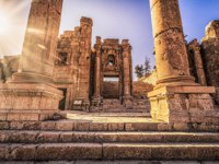 Клуб путешествий Павла Аксенова. Иордания. Джераш. Ancient Roman ruins of Jerash, Jordan. Фото RPBMedia - Depositphotos