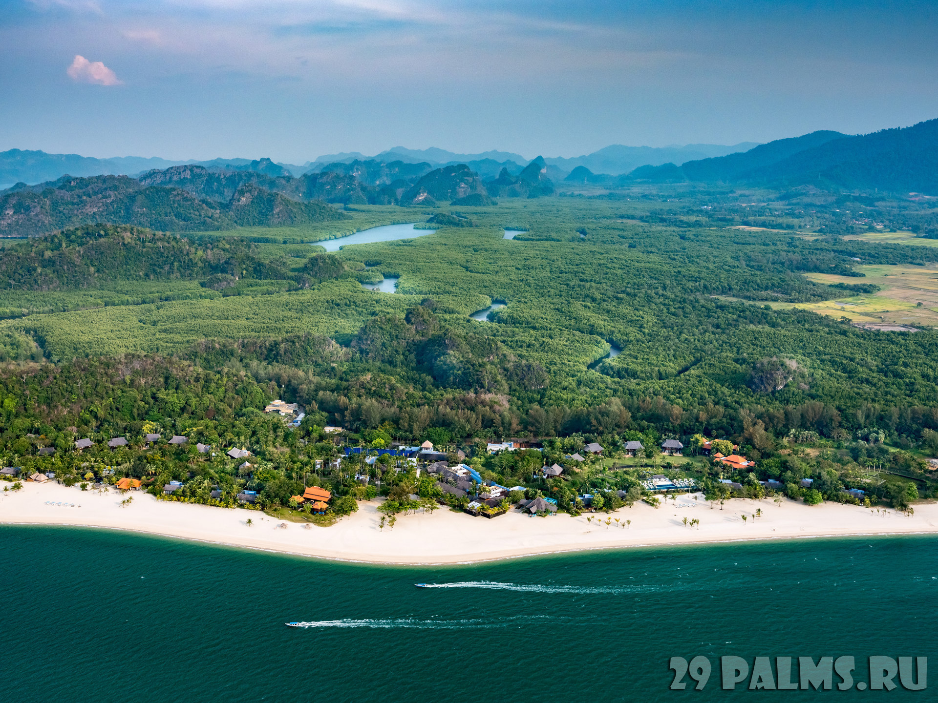 Клуб путешествий Павла Аксенова. Малайзия. О.Лангкави. Four Seasons Langkawi - Aerial View