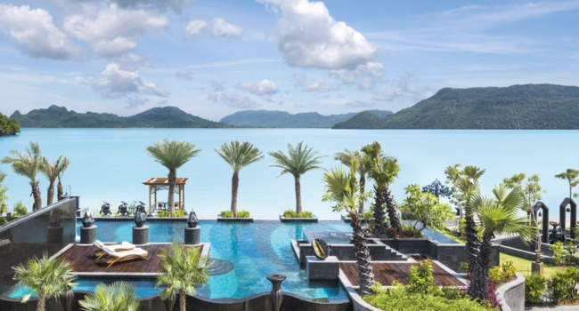 Клуб путешествий Павла Аксенова. Малайзия. О. Лангкави. The St. Regis Langkawi. Main Pool