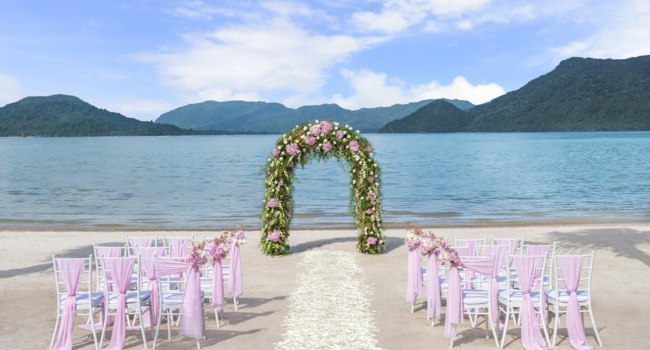 Клуб путешествий Павла Аксенова. Малайзия. О. Лангкави. The St. Regis Langkawi. Beach Wedding