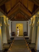 Клуб путешествий Павла Аксенова. Мальдивы. Anantara Veli Maldives Resort. Sundari Ayurveda Spa pathway to treatment rooms
