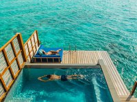 Мальдивы. Four Seasons Resort Maldives at Landaa Giraavaru. Water villa with pool
