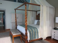 Four Seasons Resort Maldives at Landaa Giraavaru. Two-bedroom Land & Ocean Suite