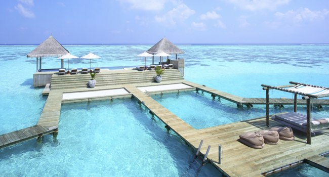 Клуб путешествий Павла Аксенова. Мальдивы. Gili Lankanfushi Resort, Maldives. Private Reserve Residence. Infinity Pool and Day Bed