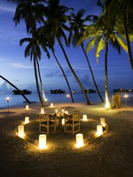 Мальдивы. Gili Lankanfushi Resort, Maldives. Romance Under The Star