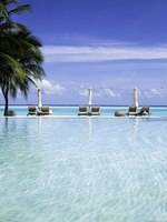 Мальдивы. Gili Lankanfushi Resort, Maldives. Pool