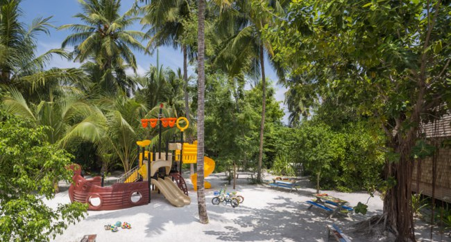 Мальдивы. The St. Regis Maldives Vommuli Resort. Childrens Club - Outdoor
