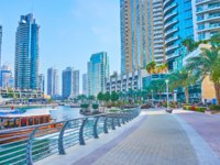 ОАЭ. Дубай. Район Дубай Марина. The promenade of Dubai Marina. Dubai. UAE. Фото efesenko - Depositphotos