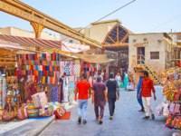 Bur Dubai Grand Souq is old-style market with many exotic souvenirs, interesting goods and foods in Dubai. Фото efesenko - Depositphotos