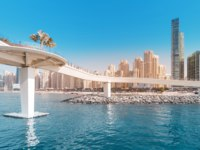ОАЭ. Дубай. Pedestrian Footbridge at the Dubai Marina harbor. Jumeirah Beach Residence (JBR). Dubai. UAE. Фото frantic00 - Depositphotos