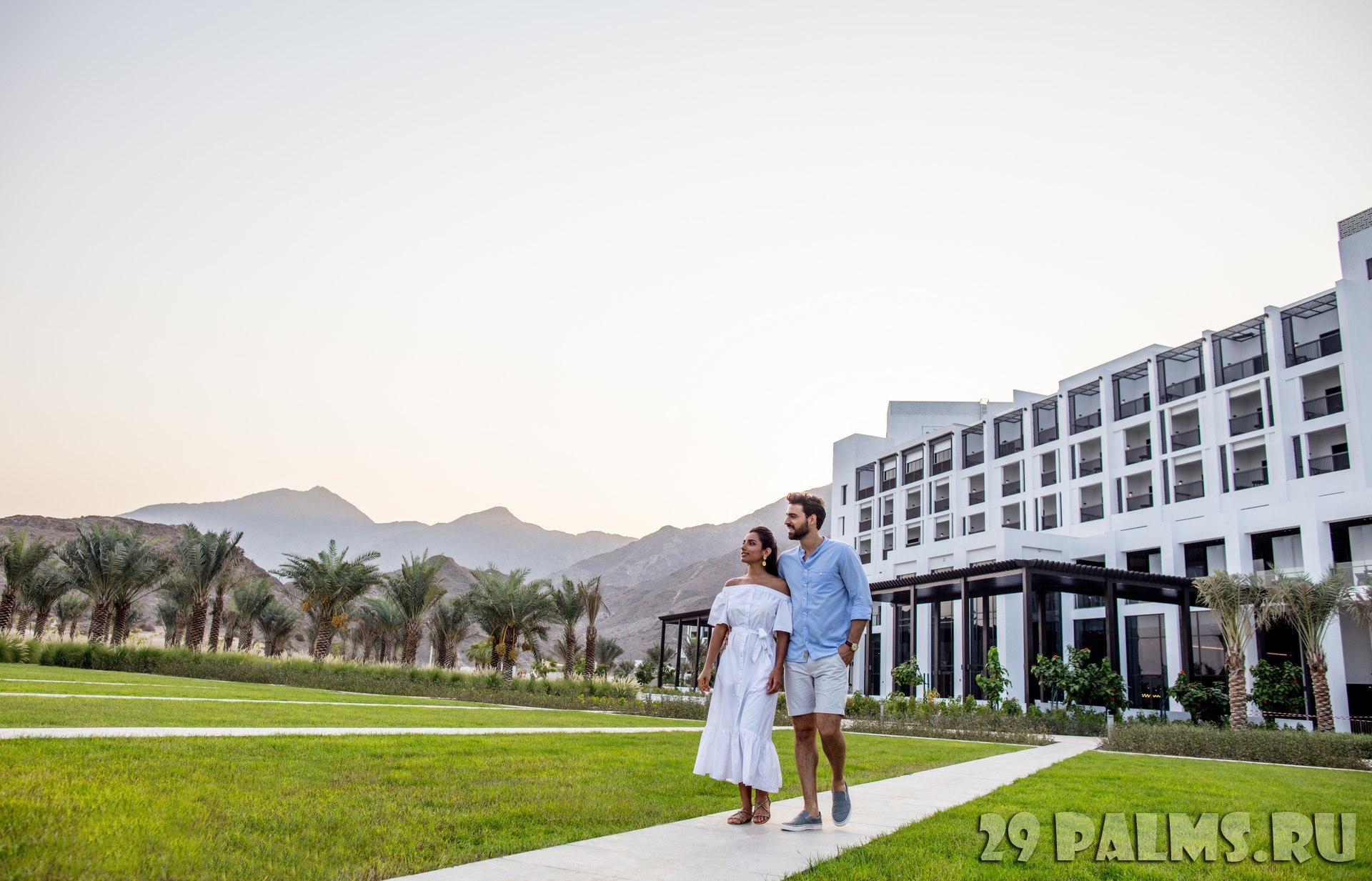 Клуб путешествий Павла Аксенова. ОАЭ. Эмират Фуджейра. InterContinental Fujairah Resort. Resort Gardens