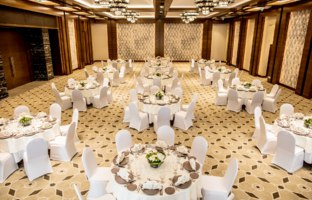 Клуб путешествий Павла Аксенова. ОАЭ. Эмират Фуджейра. InterContinental Fujairah Resort. Ballroom