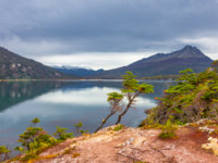 Аргентина. Ланшафты Огненной Земли. Gorgeous landscape of Patagonia's Tierra del Fuego National Park in Autumn, Argentina. Фото neurobite - Depositphotos